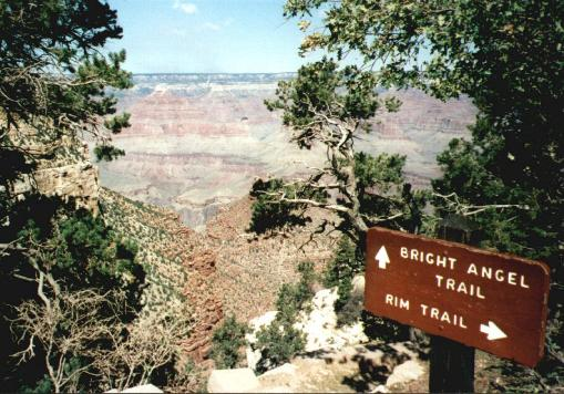 Start of Bright Angel trail, from West Rim, Grand Canyon